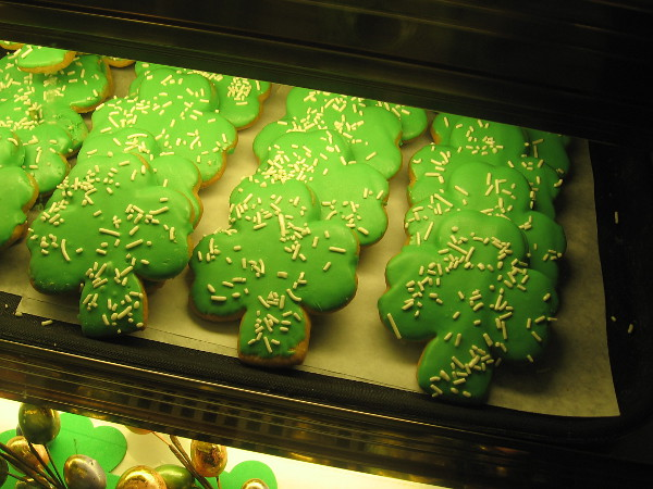 And look what I found at Cafe in the Park inside the Casa de Balboa! Shamrock cookies!